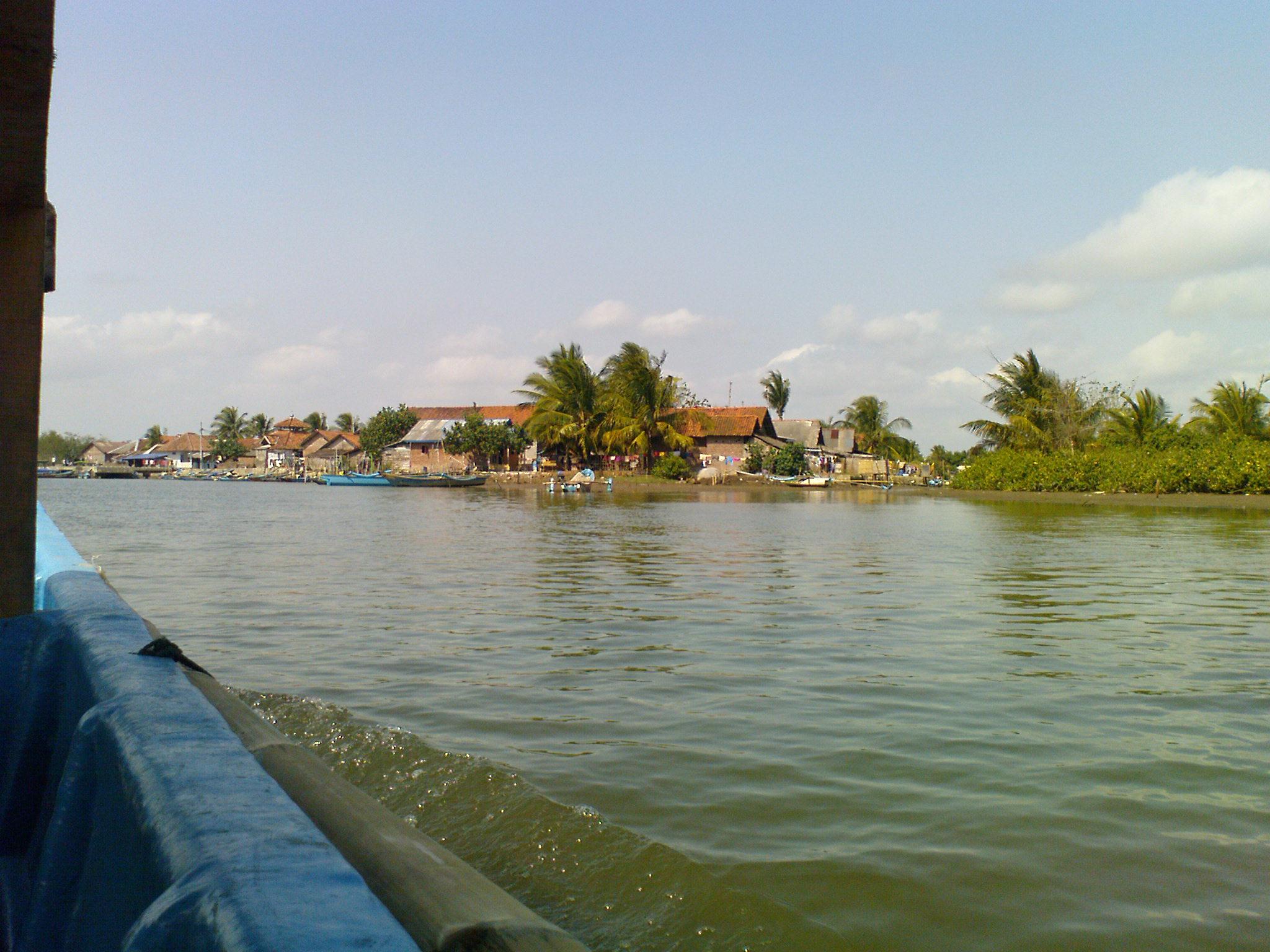 Daerah Kristenisasi LSM Asing, Desa Ujung Gagak Kampung Laut Cilacap