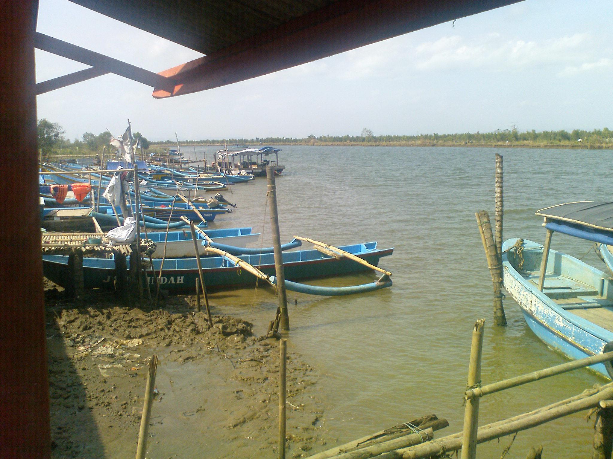 Perahu Nelayan Penduduk Desa