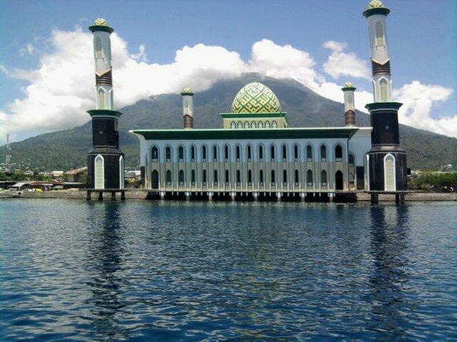 Masjid Al-Munawwar Ternate